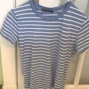 Tops - Brandy Melville t shirt
